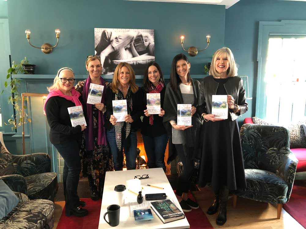 Bedside Reading's founder Jane Ubell-Meyer with authors Amy Impellizzeri, Kim Sakwa, Jennifer Moorman, Natalie Banks, and Hank Phillippi Ryan